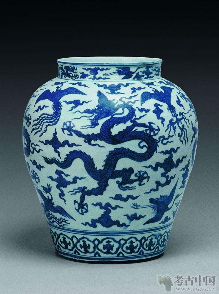 明代 · 青花龙凤鹤纹罐(江西省博物馆)